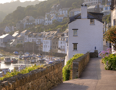 Where are the top UK holiday home locations for 2020/21?