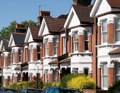 London lettings hit by student uncertainty and corporate cuts