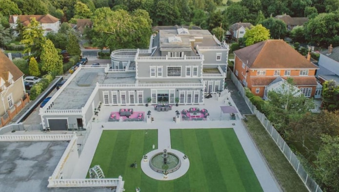 Through the keyhole - inside the five most viewed homes of the summer