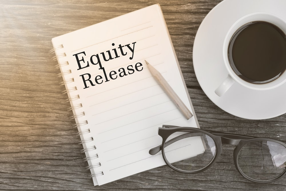 Equity available in UK homes soars to £600bn