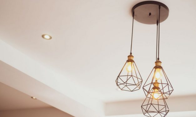 4 of the Best Ways to Decorate Properties with High Ceilings