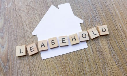 Freehold homes sell for 77% more than leaseholds