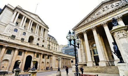Bank of England tells lenders to prepare for negative interest rates