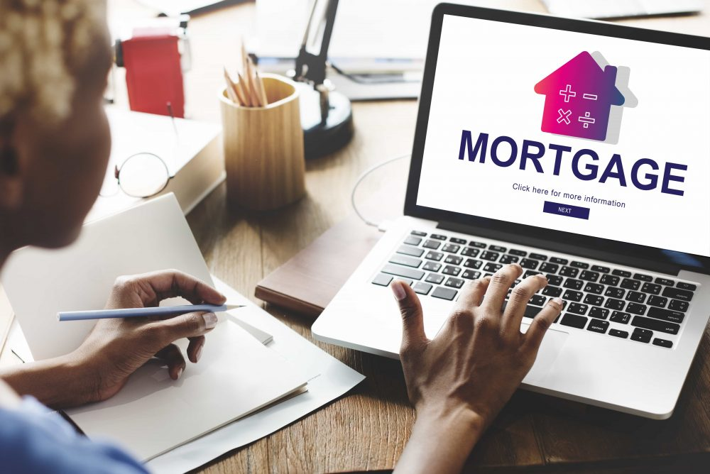 UK Net Mortgage Borrowing Falls 72% In a Month – Bank of England